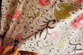 Mencuci Batik Agar Awet dan tidak pudar