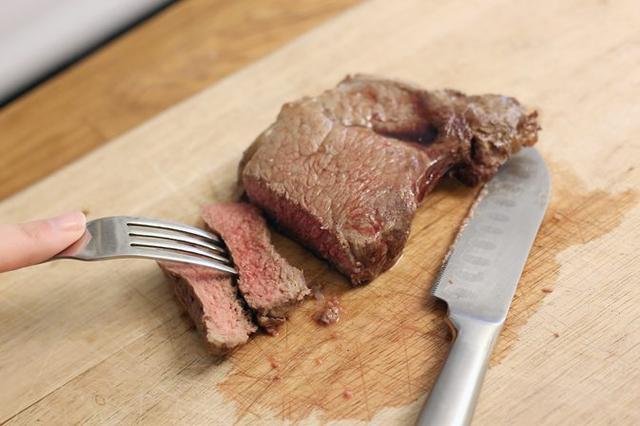 Tinggkat Kematangan Steak Daging Medium