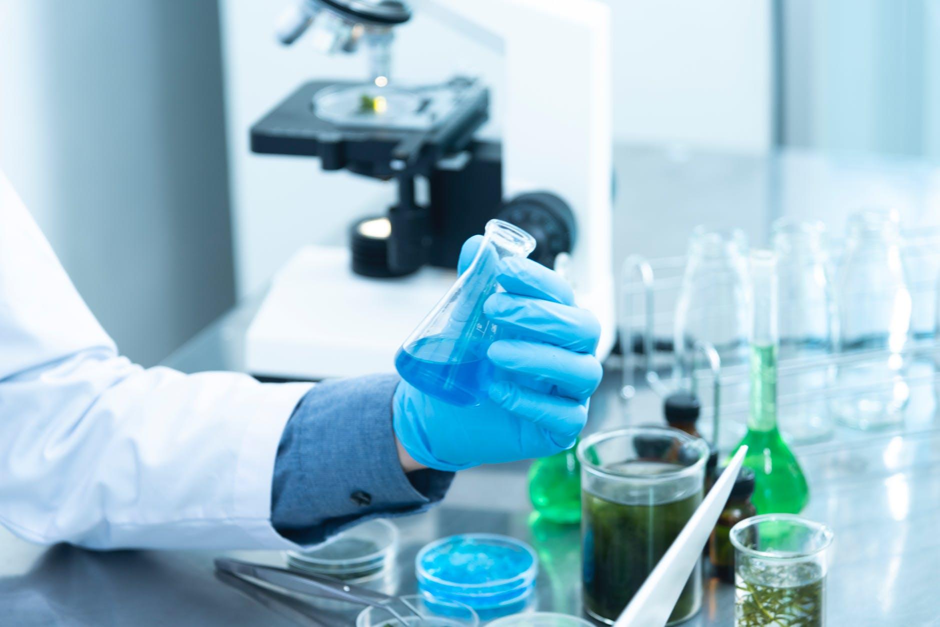 Fikih PBNU Menyimpulkan Vaksin AstraZeneca Adalah Mubah