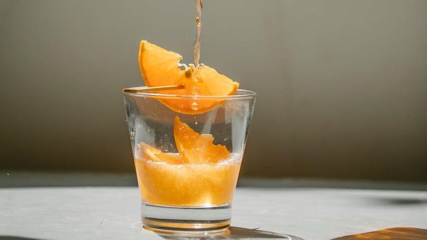 Kegunaan infuse water bagi tubuh dan kesehatan Anda