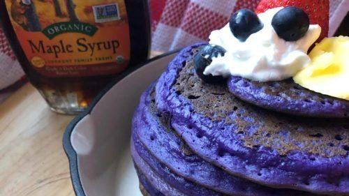 Cara Membuat Pancake dengan Ubi Ungu.