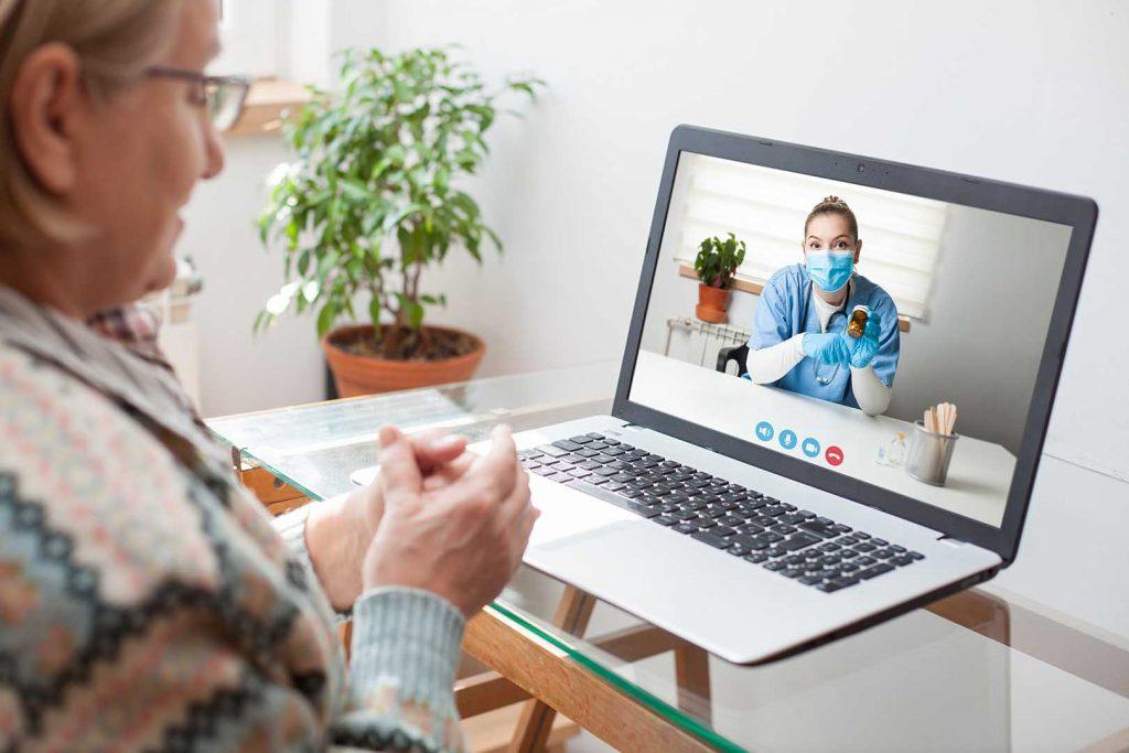 Layanan telemedicine ini gratis untuk pasien dengan gejala Covid-19 ringan yang melakukan isolasi mandiri (isoman) di rumah atau di tempat karantina.